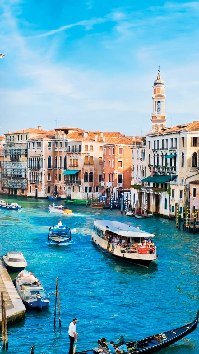 Grand Canal, Venice, Italy, Europe, travel, tourism (vertical)