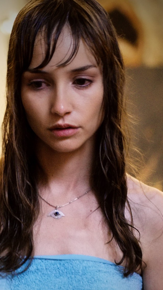 Dead Awake, Jocelin Donahue, best horror movies (vertical)