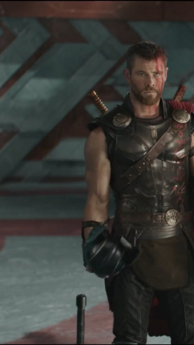 Thor: Ragnarok, Thor, Marvel, Chris Hemsworth, best movies (vertical)