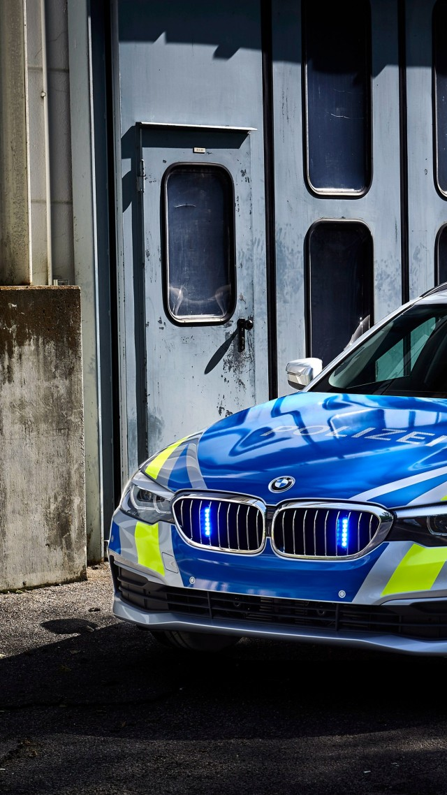 Wallpaper Bmw 530d Xdrive Police Cars 2017 4k Cars Bikes