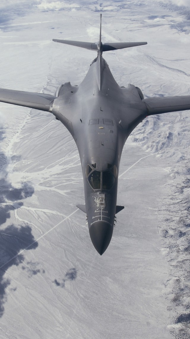 B-1, Lancer, supersonic, strategic bomber, Rockwell, U.S. Air Force, Boeing (vertical)