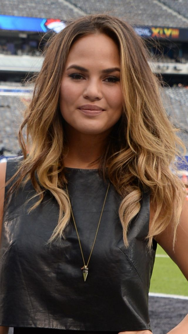 Chrissy Teigen, beauty, blonde, 4k (vertical)