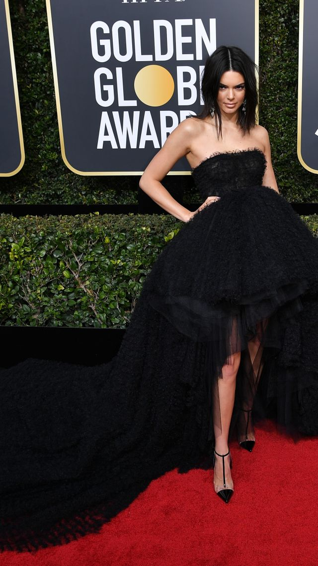 Kendall Jenner, dress, Golden Globes 2018, 4k (vertical)