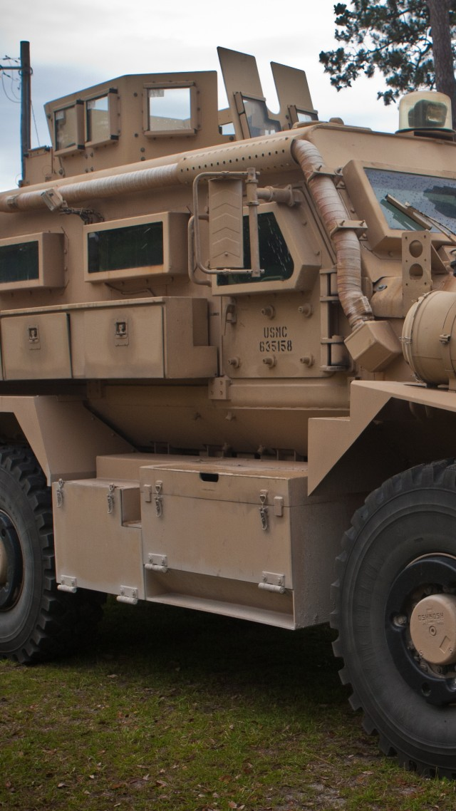 Cougar vehicle, MRAP, infantry mobility vehicle, armoured vehicle, U.S. Army, USMC, Cougar HE (vertical)