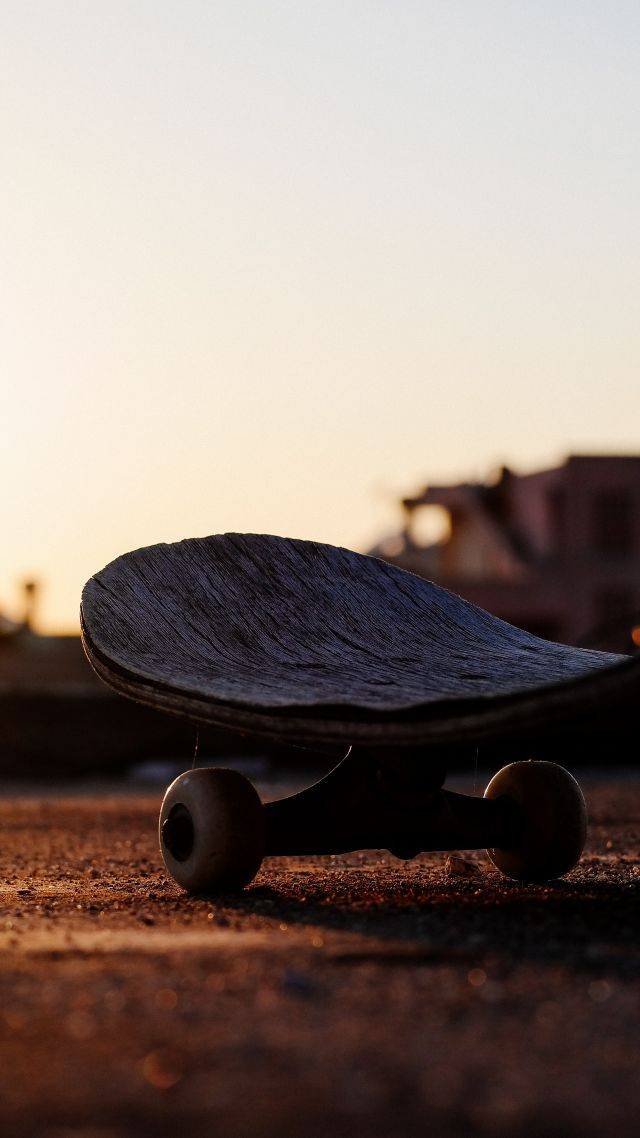 skateboarding, sunset, 5K (vertical)