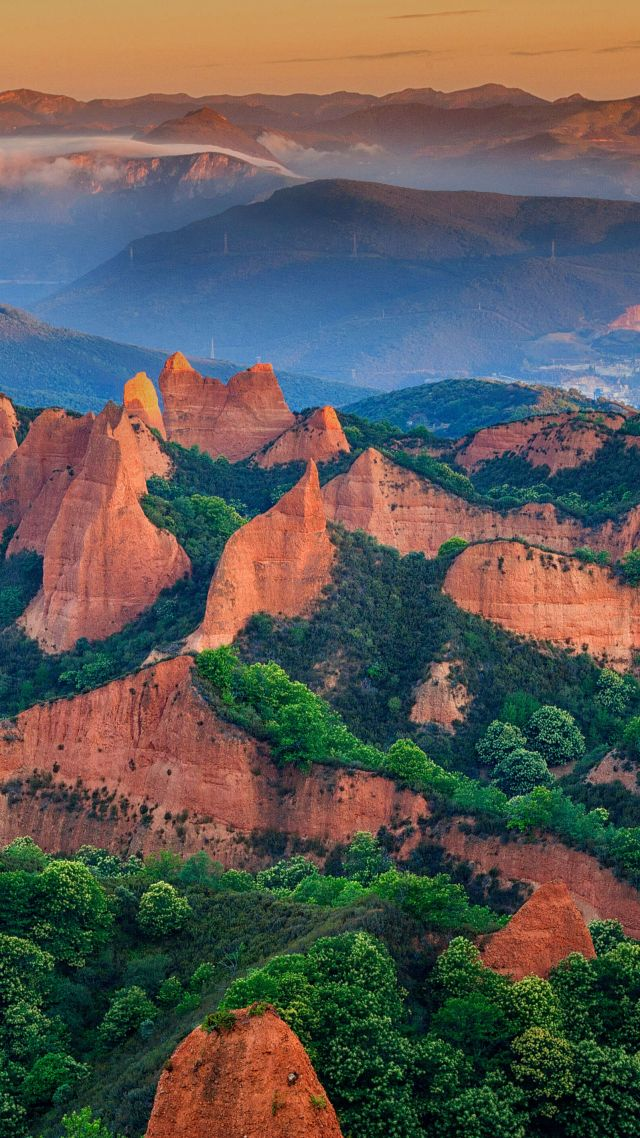 Las Médulas, León province, Spain, mountains, for, green, 5K (vertical)