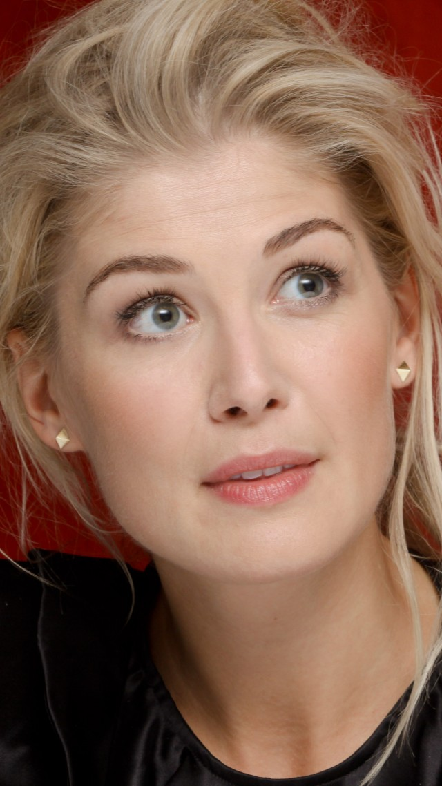 Wallpaper Rosamund Pike Most Popular Celebs In 2015