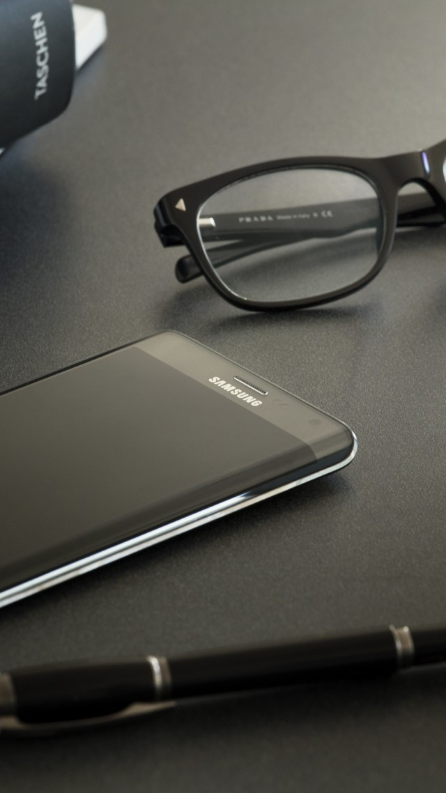 Wallpaper Samsung Galaxy Note Edge Smartphone Phablet Review