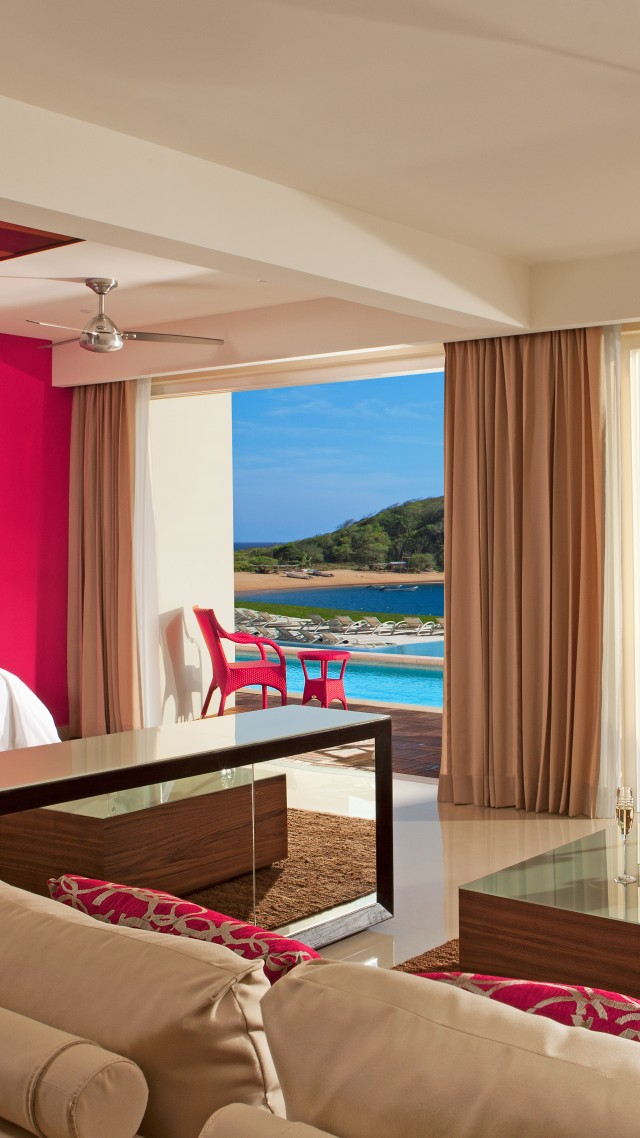 Secrets Huatulco Resort And Spa, Best Hotels of 2015, tourism, travel, resort, vacation, bed, sea, ocean, pink (vertical)