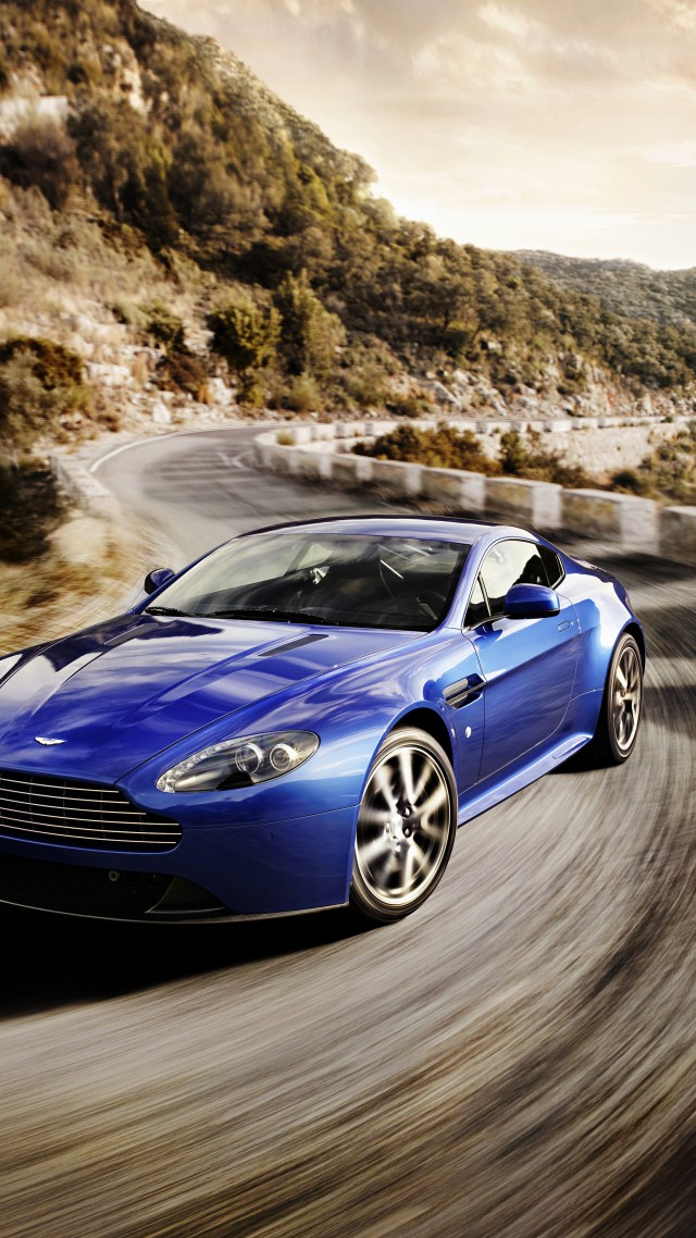 Aston Martin Vantage, sports car, V12, v8, Zagato, silver, review, test drive, speed (vertical)