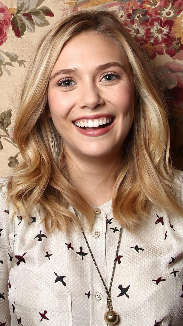 Elizabeth Olsen Hair 2015