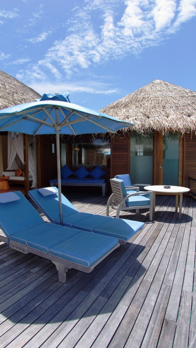 Anantara Kihavah Resort, Maldives, Best Hotels of 2017, Best Beaches in the World, tourism, travel, resort, vacation, sunbed