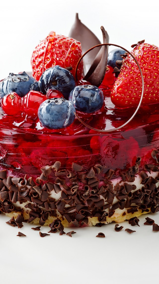 Cake, berries, strawberry, raspberry, blueberry, chocolate (vertical)