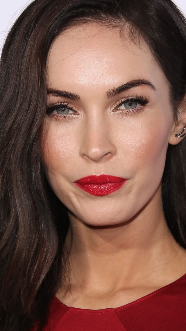 Megan Fox, Most Popular Celebs in 2015, actress, model, brunette (vertical)