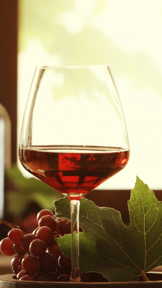Wine, drink, alcohol, grapes, leaves (vertical)