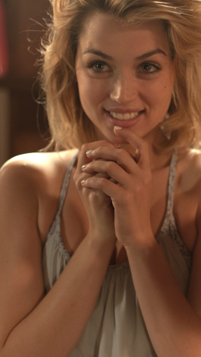 Ana de armas hands of stone 2016 2 - 3 part 2