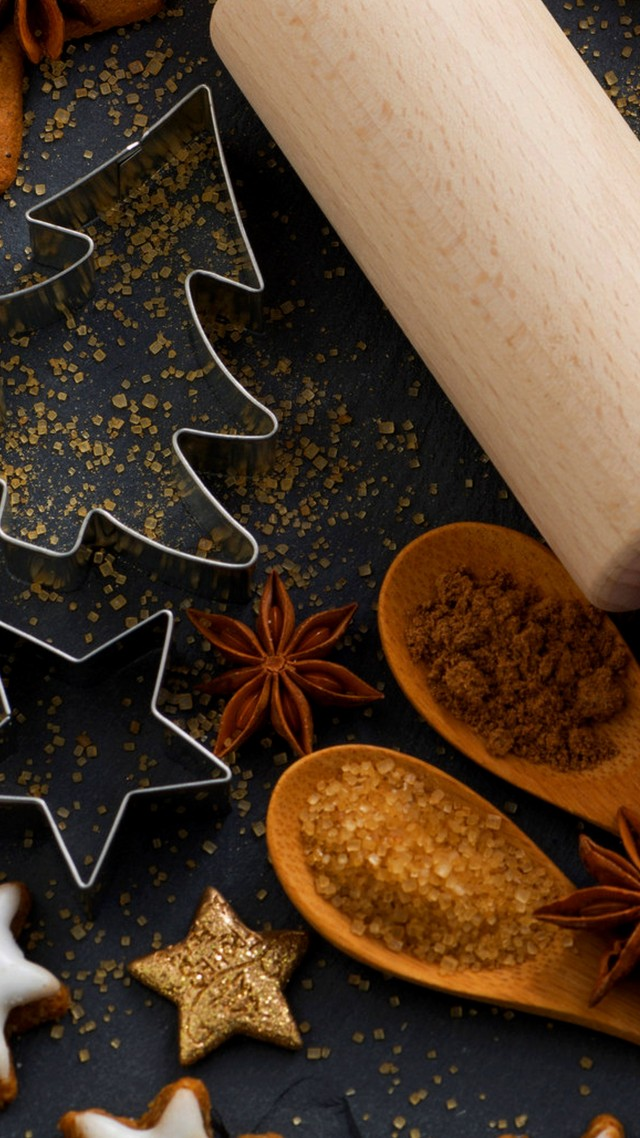 holiday cookies, stars, fir-tree, sugar, spices, cinnamon, anise (vertical)