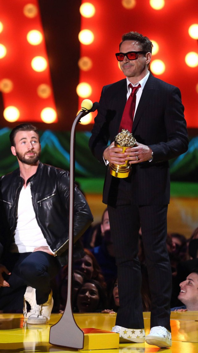 Wallpaper Robert Downey Jr., Most Popular Celebs, actor, MTV Awards, Celebrit...