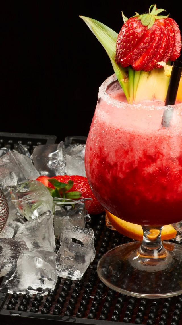 Wallpaper Cocktails Shaker Strawberries Pineapple Ice