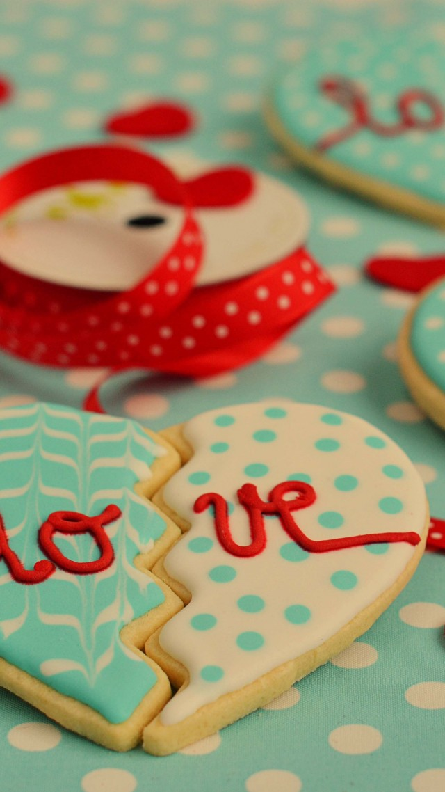 Valentine's Day, cookies, heart, love (vertical)