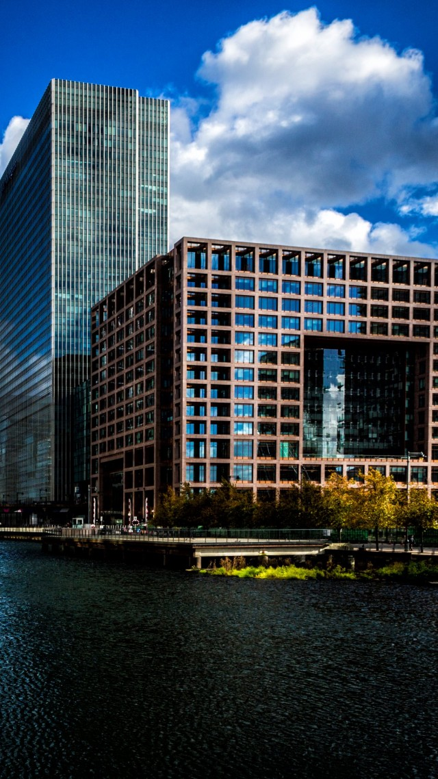 Canary Wharf, London, Europe, tourism, travel (vertical)