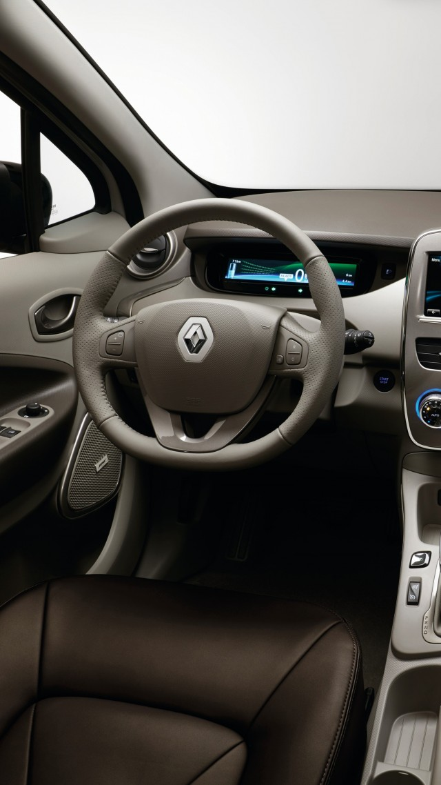 Renault Zoe Z.E., Swiss Edition, Geneva Auto Show 2016, electric car, interior (vertical)