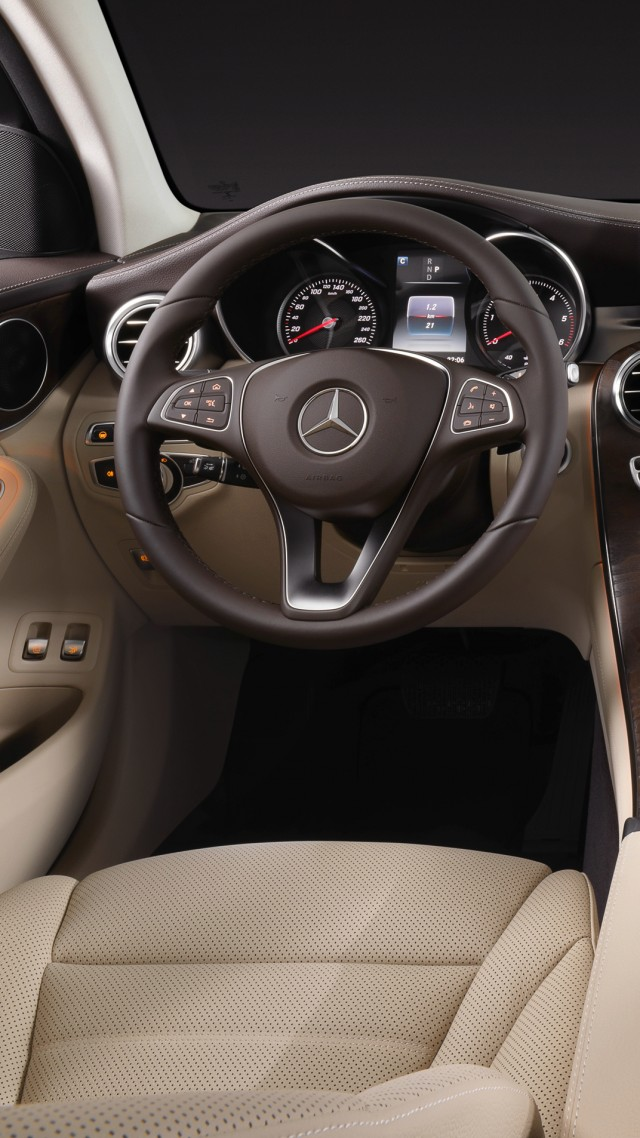 Mercedes-benz Glc klasse, coupe, NYIAS 2016, interior (vertical)