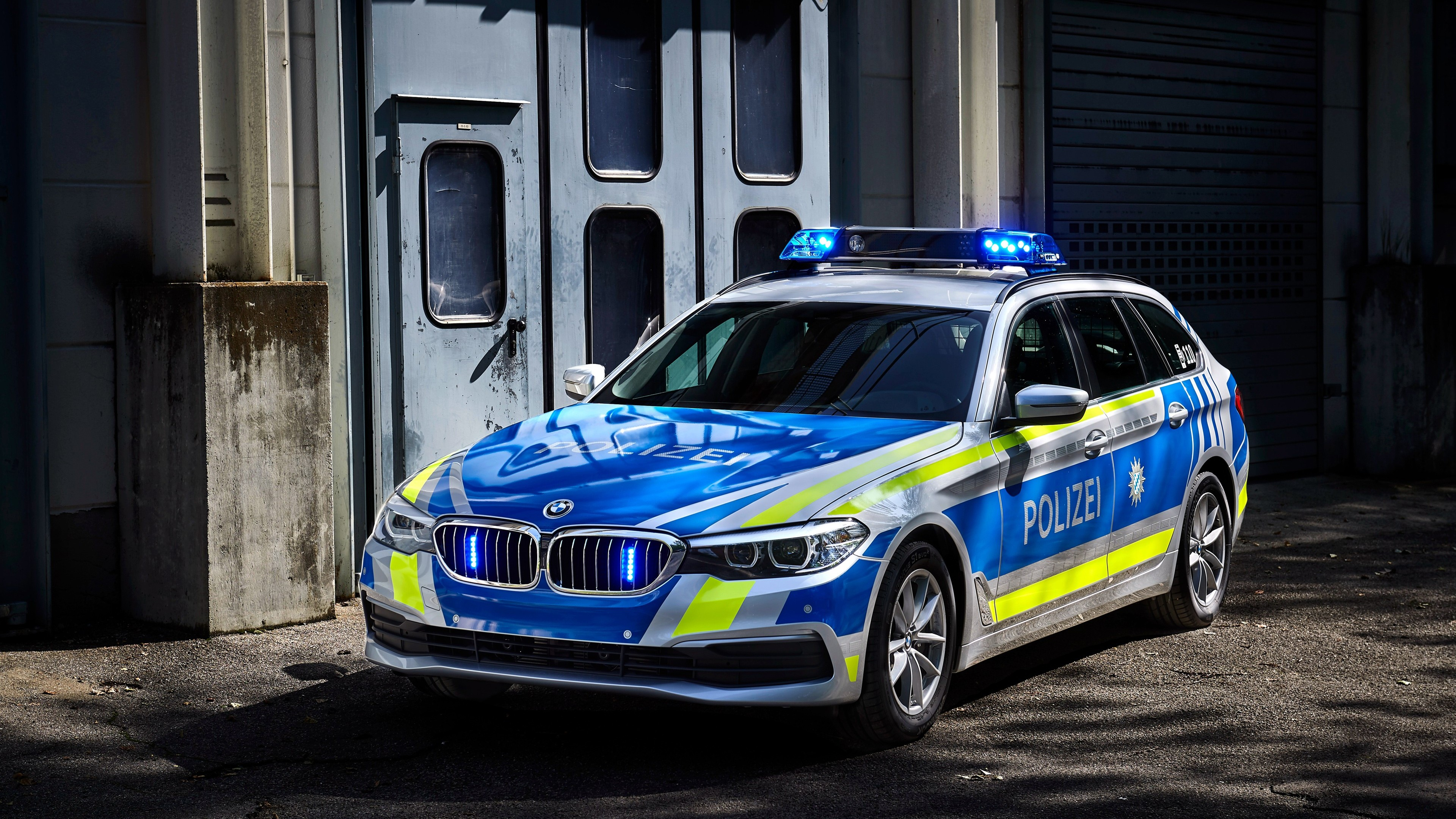 Wallpaper Bmw 530d Xdrive Police Cars 2017 4k Cars