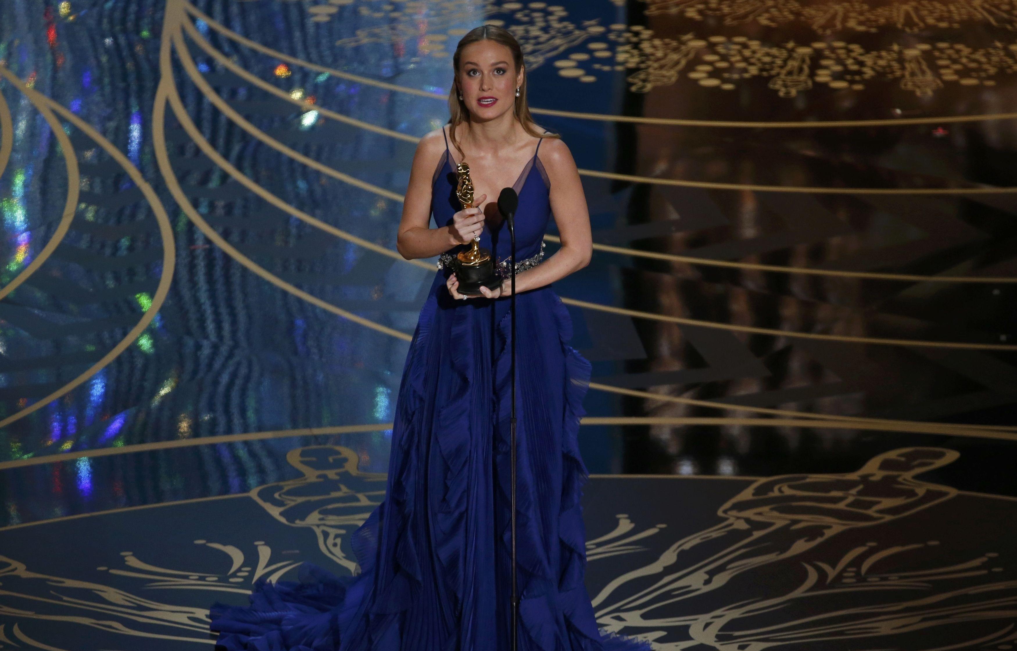 Wallpaper Brie Larson Oscar 2016 Red Carpet Most