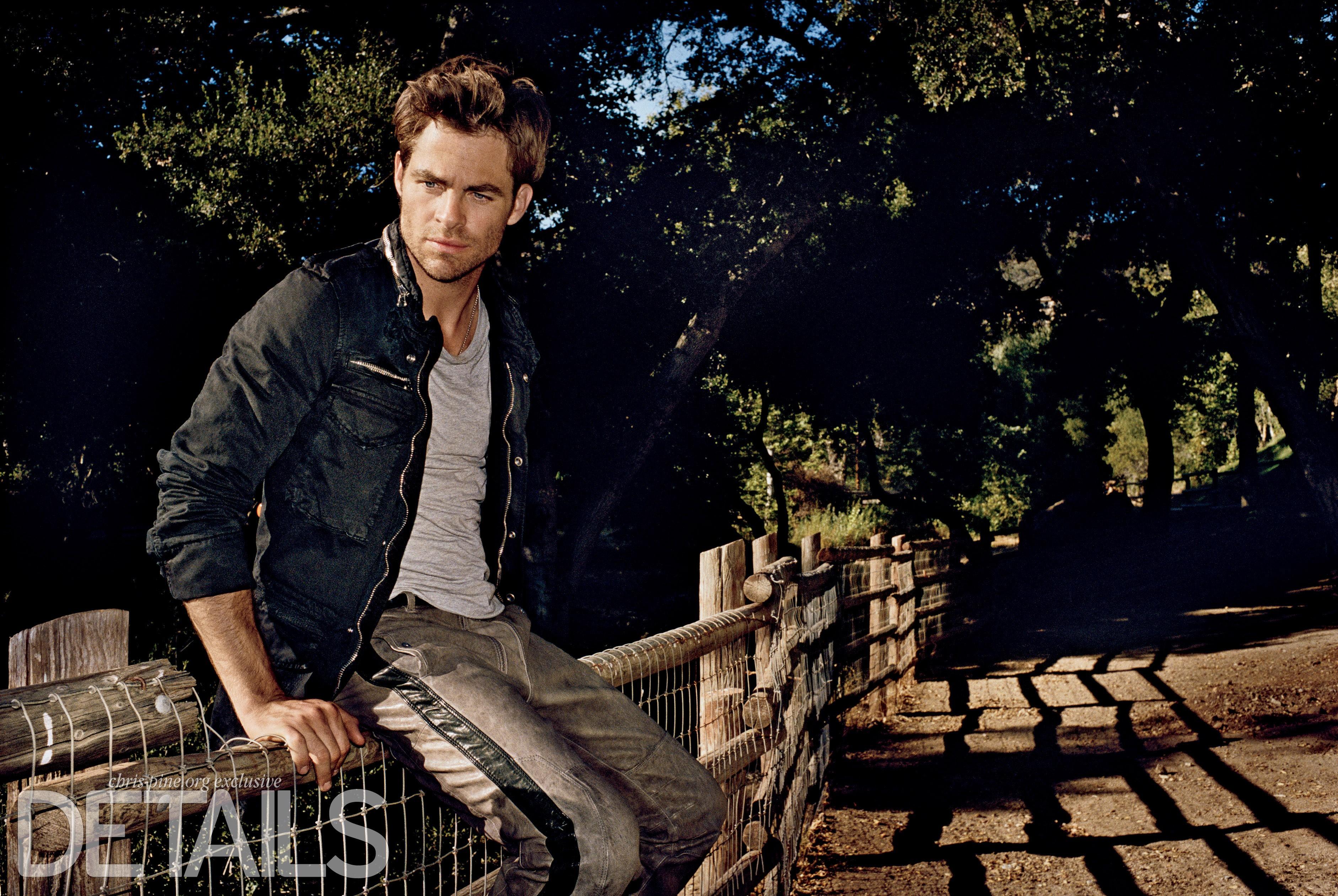 Wallpaper Chris Pine Most Popular Celebs In 2015 Actor