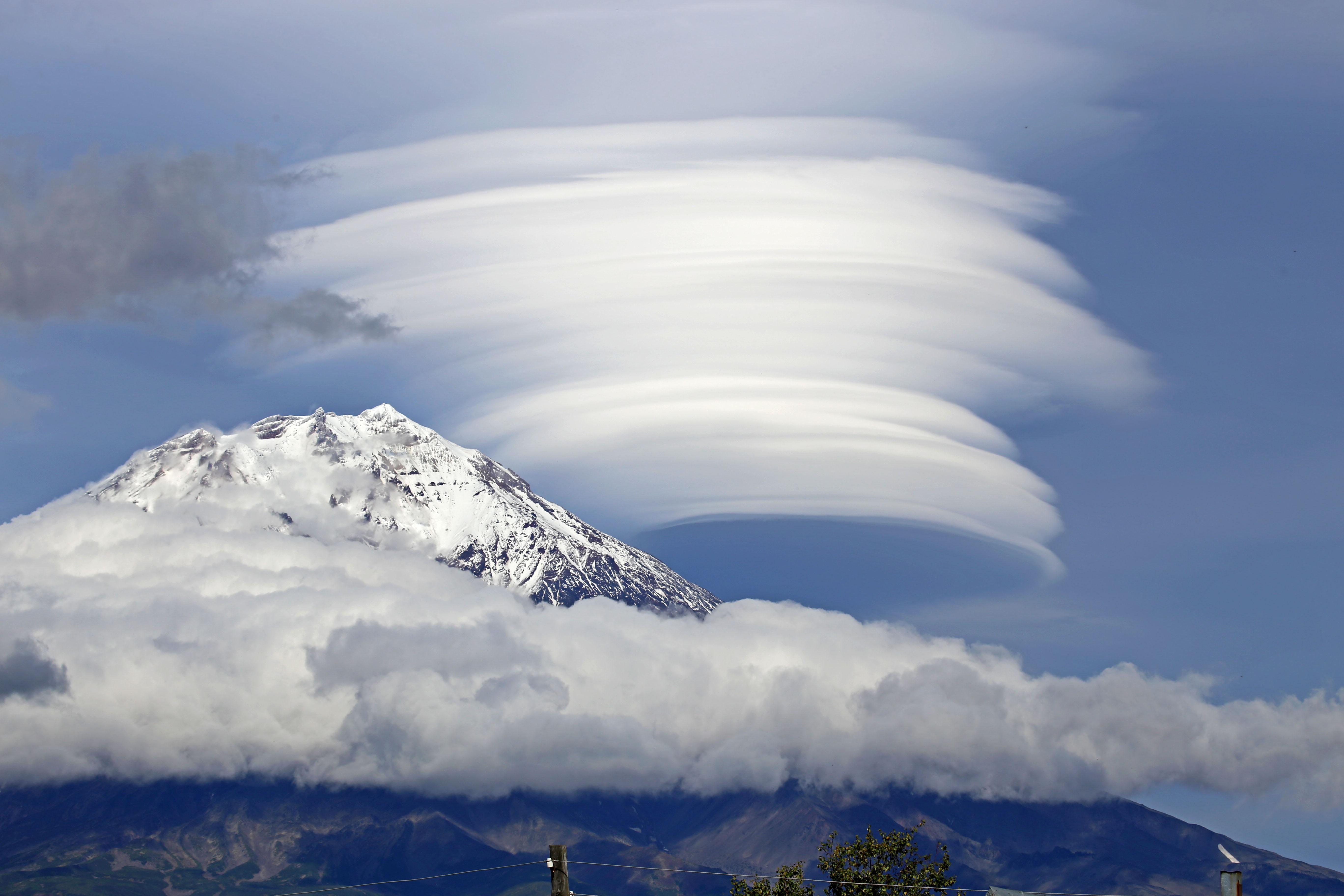 mountains sky light clouds - photo #9