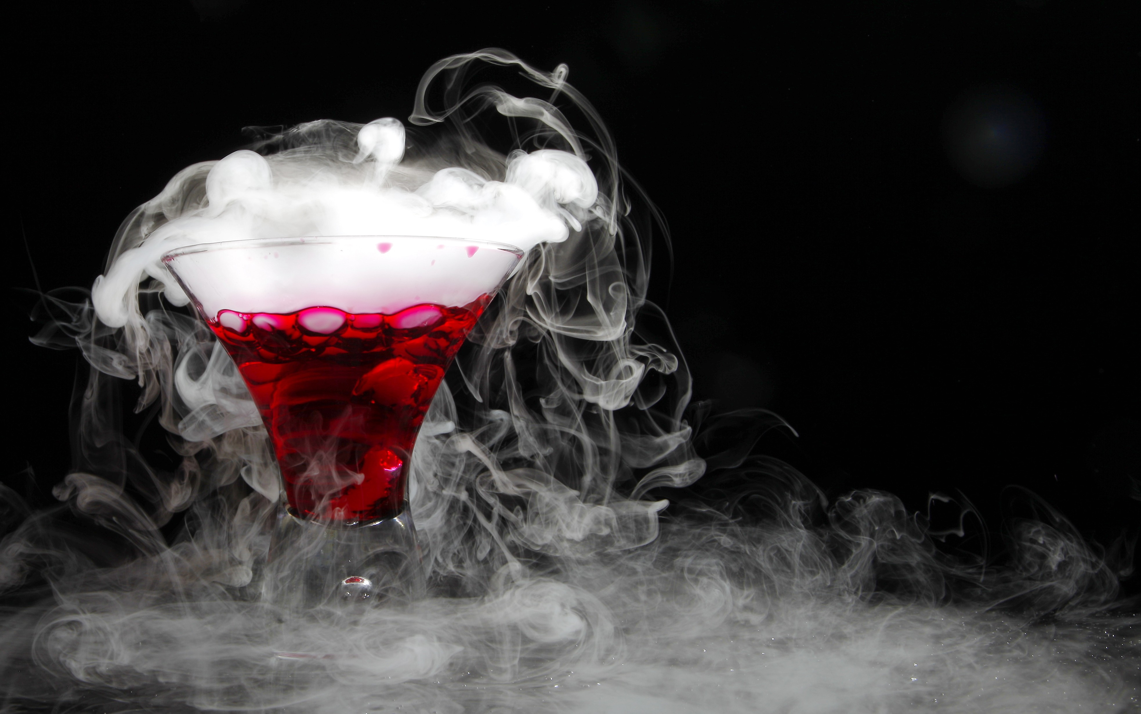 Cosmopolitan cocktail wallpaper  Wallpaper Cocktail, dry ice, Food #5124