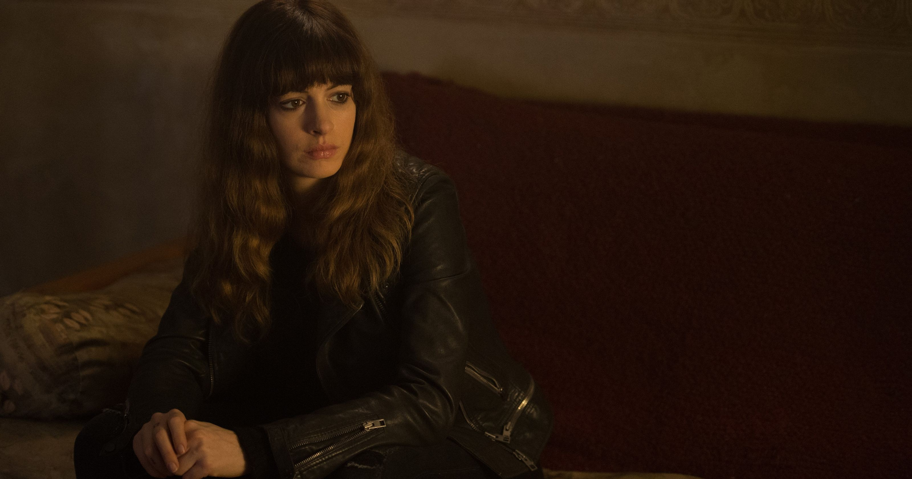 Wallpaper Colossal, An... Anne Hathaway Movies