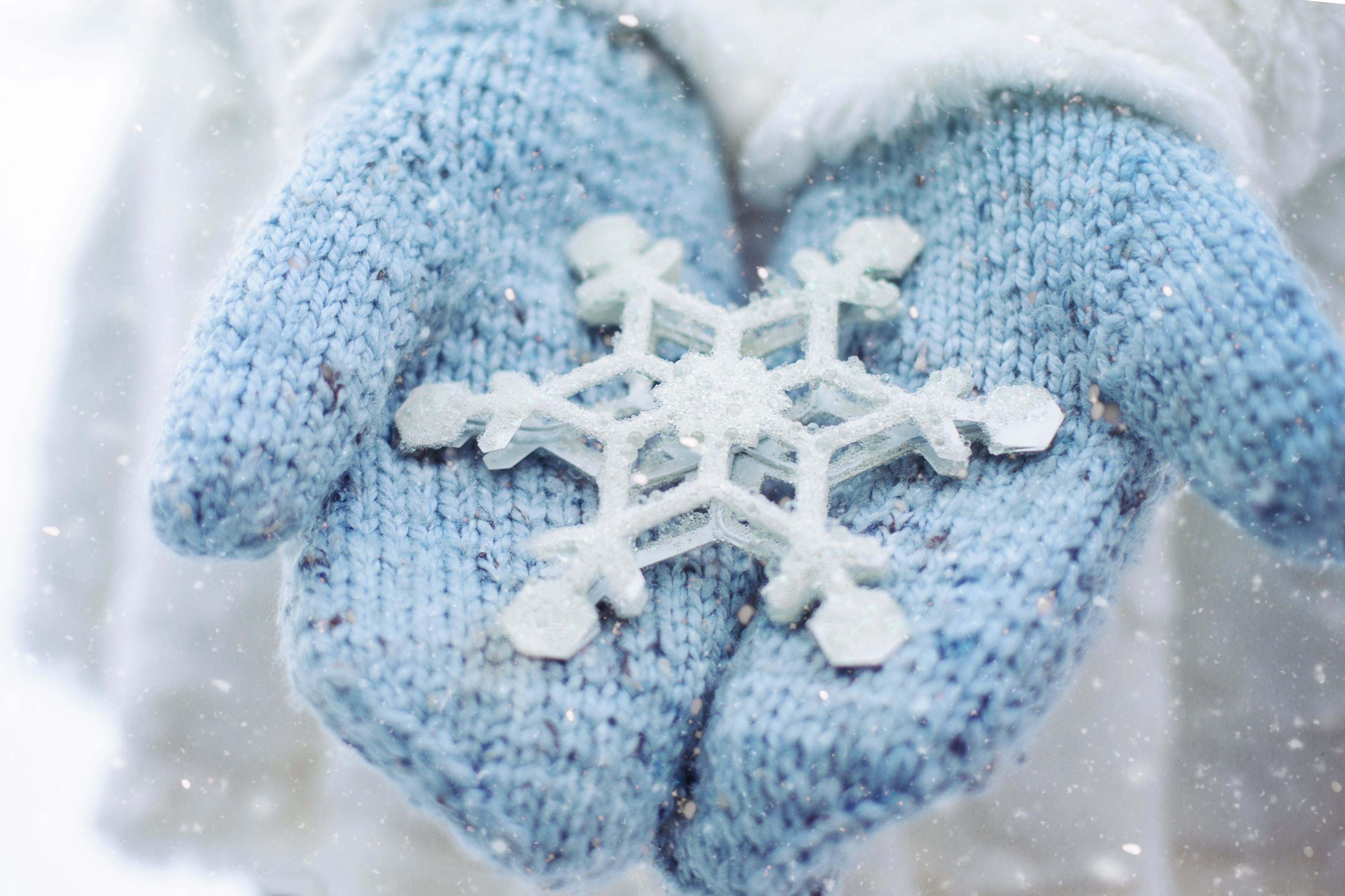 Stock Images hand, snowflake, winter, 5k, Stock Images #16882