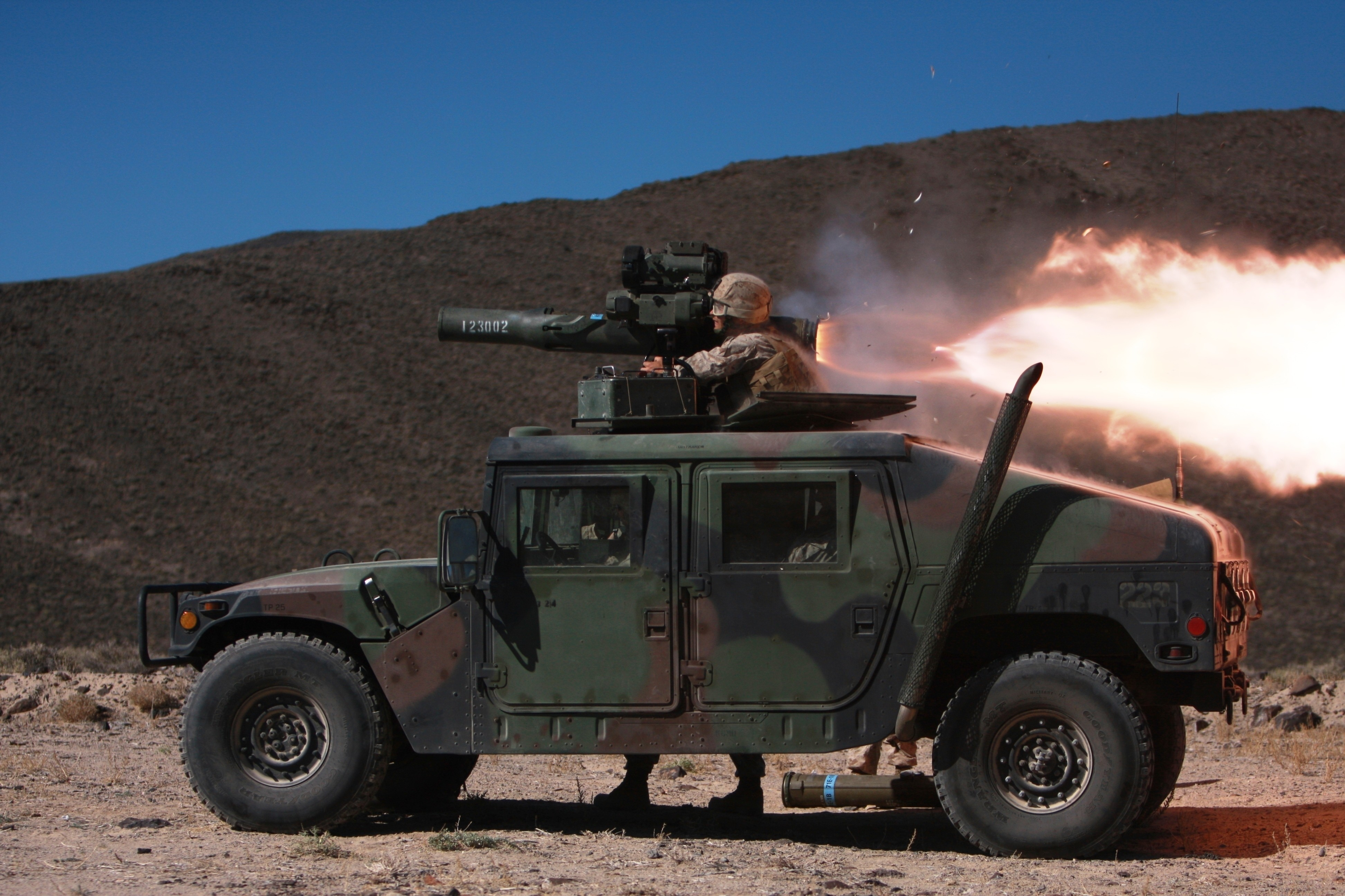 Rent A Suv >> Wallpaper Humvee, HMMWV, SUV, rocket launch, soldier, U.S. Army, Military #1811