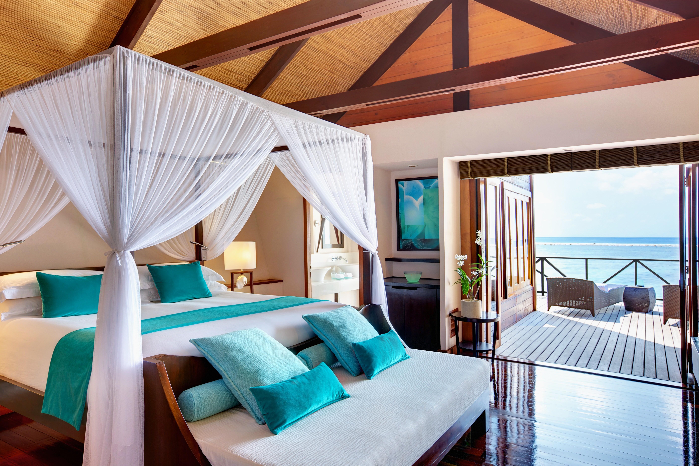 Wallpaper maldives water villa best hotels of 2015 for Best hotel wallpaper