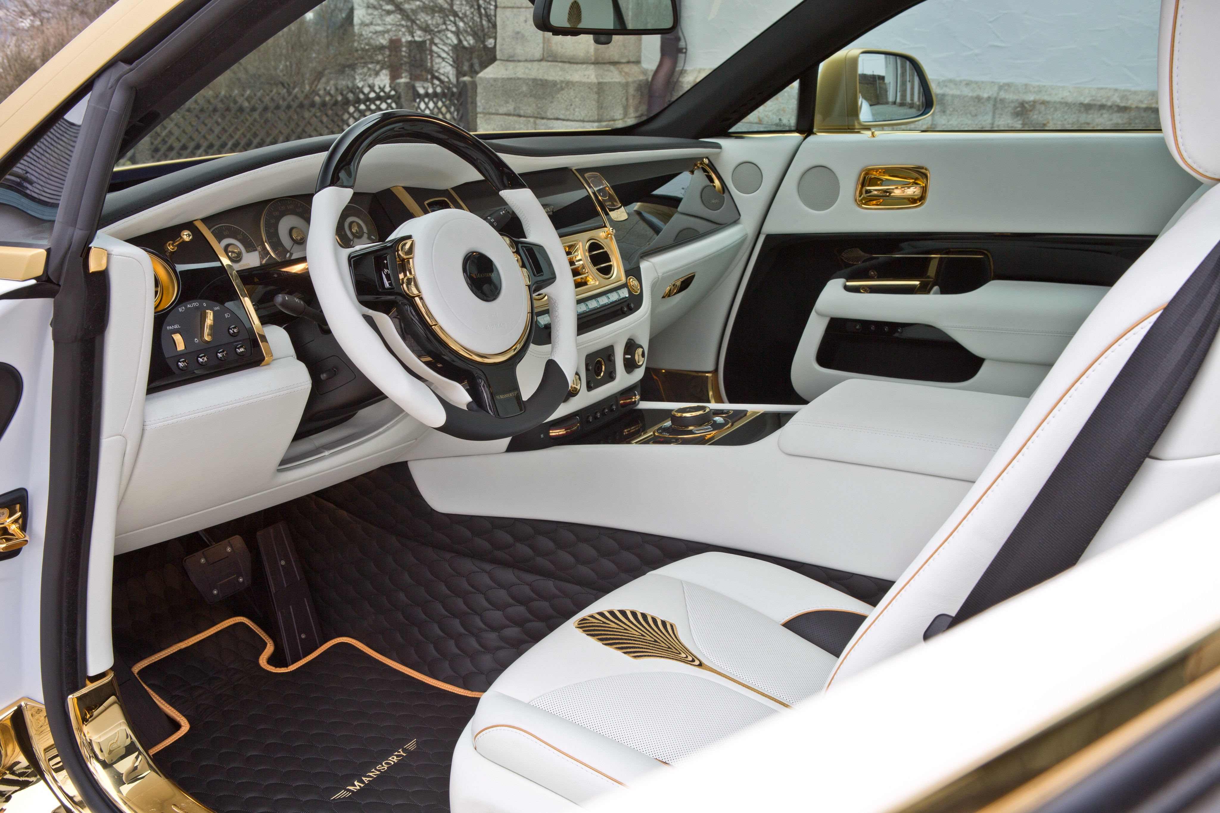 wallpaper mansory rolls royce wraith wraith palm edition 999 geneva auto show 2016 interior. Black Bedroom Furniture Sets. Home Design Ideas