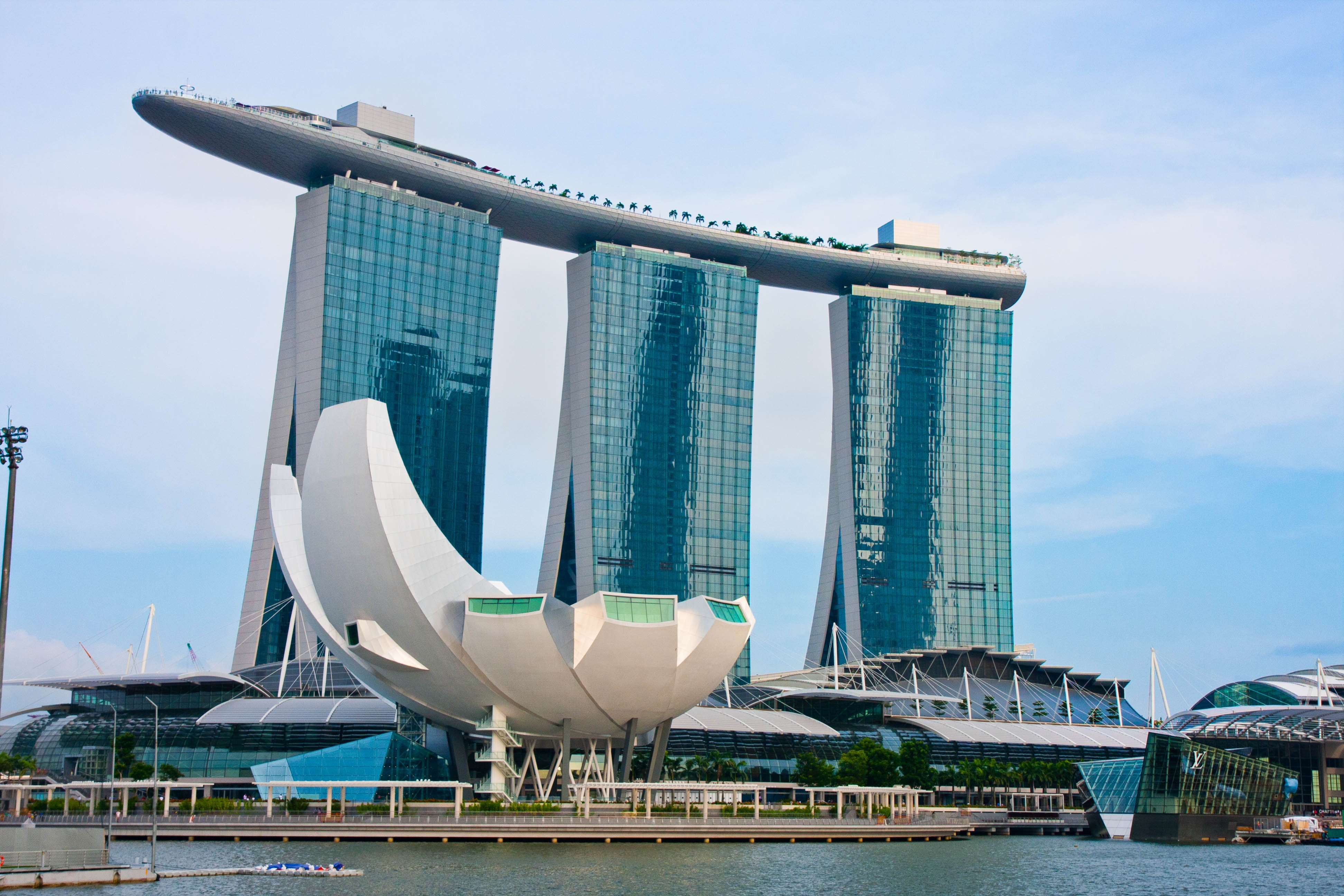 Wallpaper marina bay sands hotel travel booking pool for Wallpaper home singapore