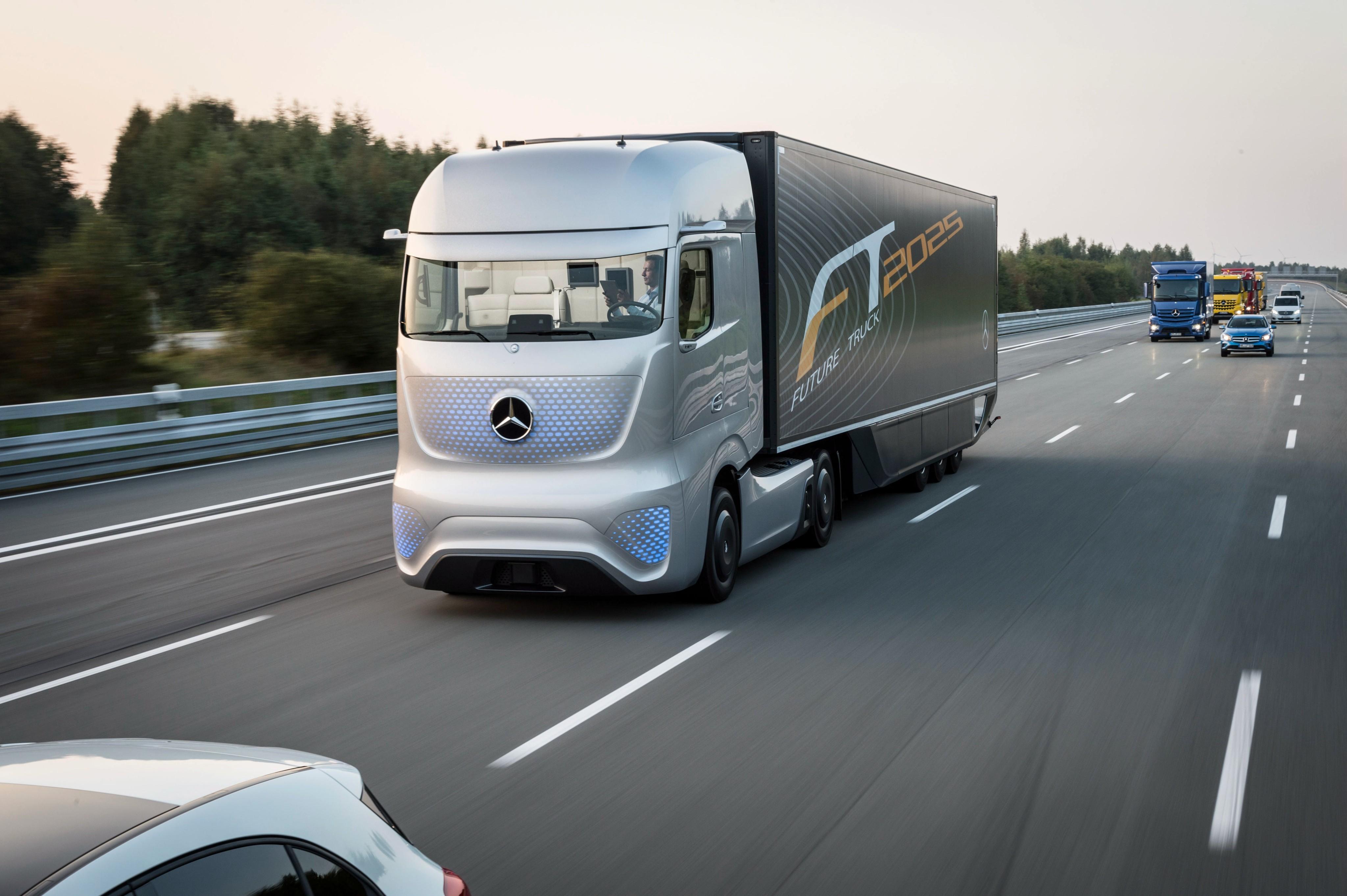 Wallpaper Mercedes-Benz Future Truck 2025, Future Cars