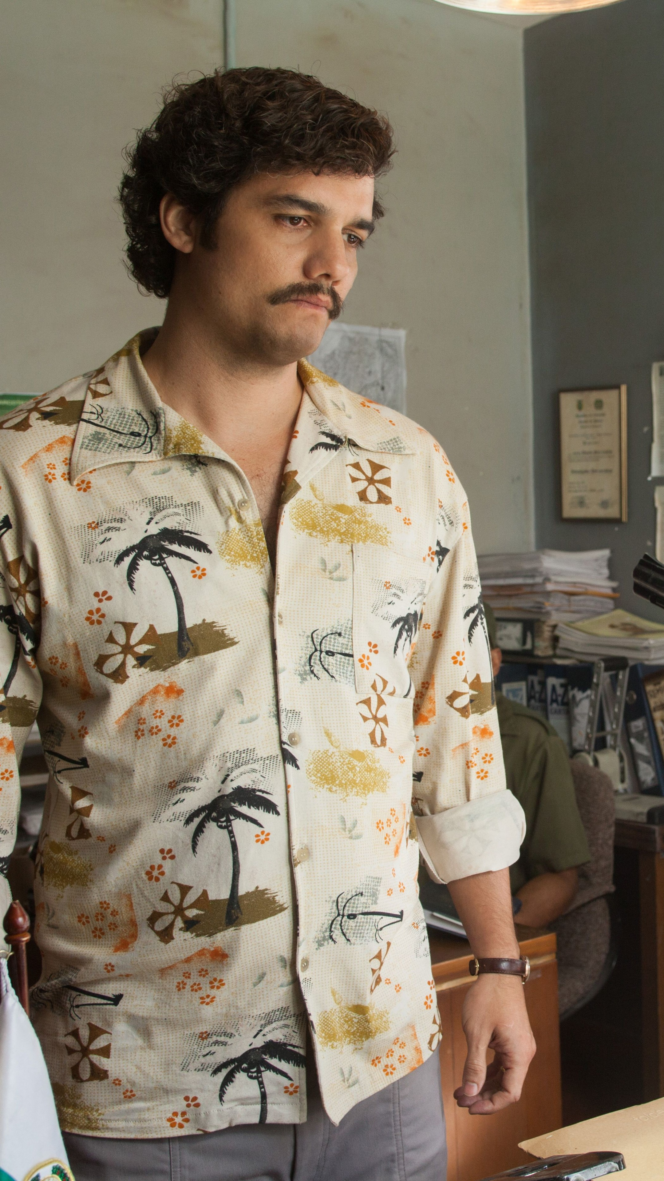 Wallpaper Narcos Tv Series Wagner Moura Pablo Escobar