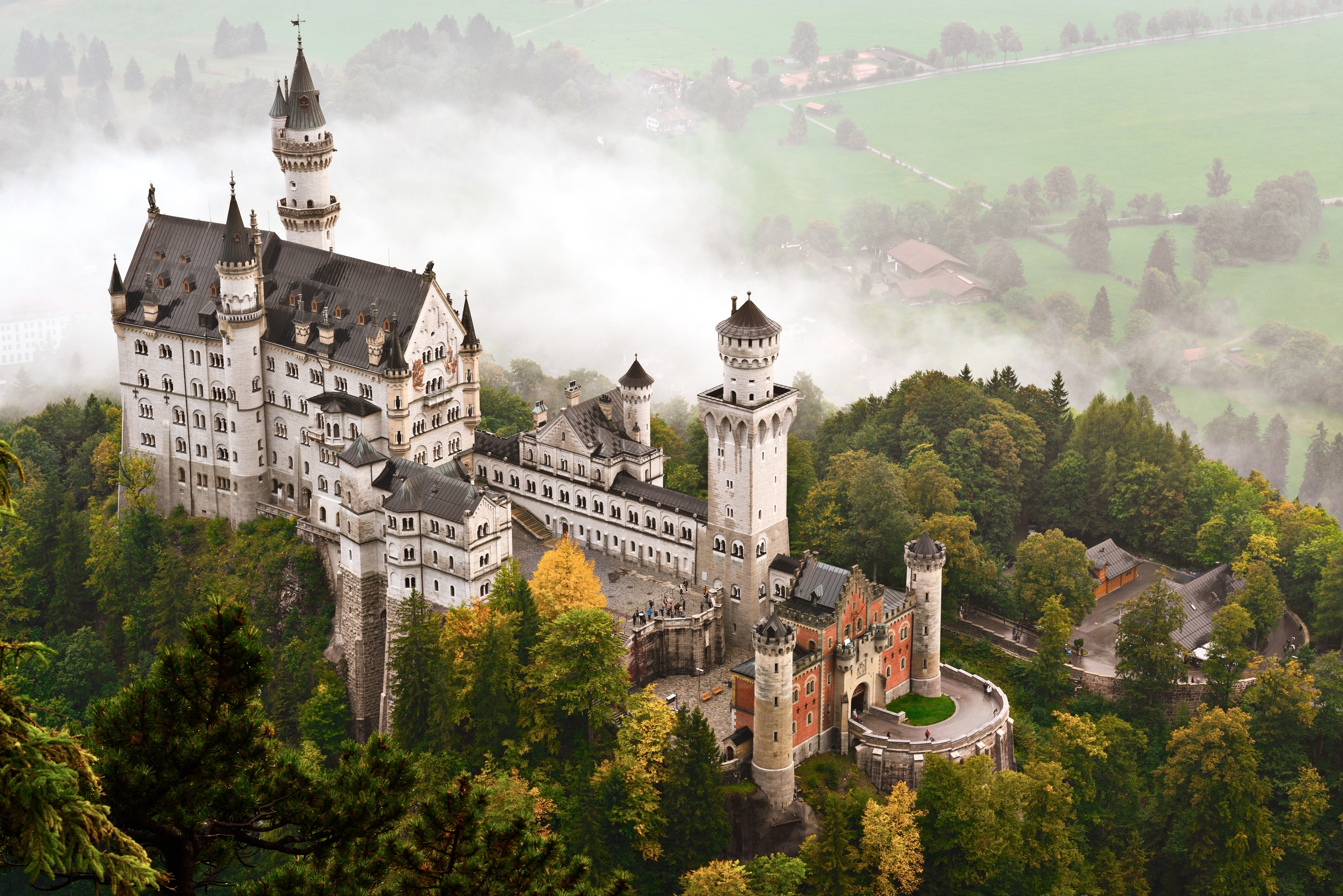 tourism in germany Explore the highlights of germany with a mix of private guided and group tours one of their travel experts will email you a custom quote and trip plan.