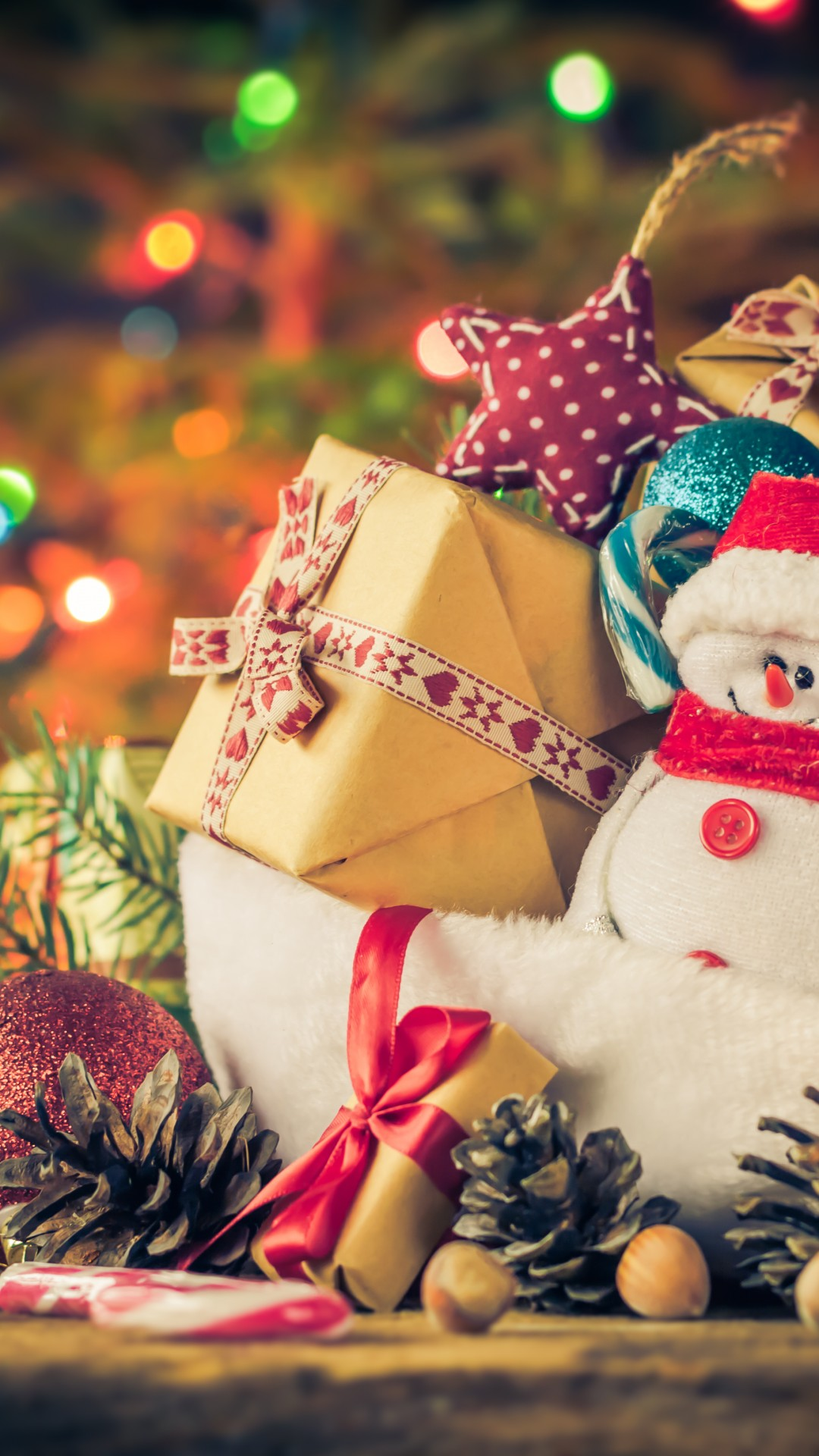 Wallpaper New Year Christmas Gifts Snowman 4k