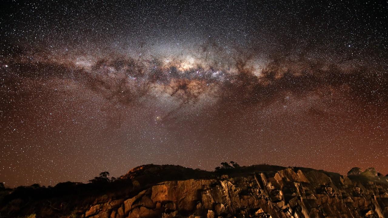 night sky 1280x720 stars night milky way mountains land 412