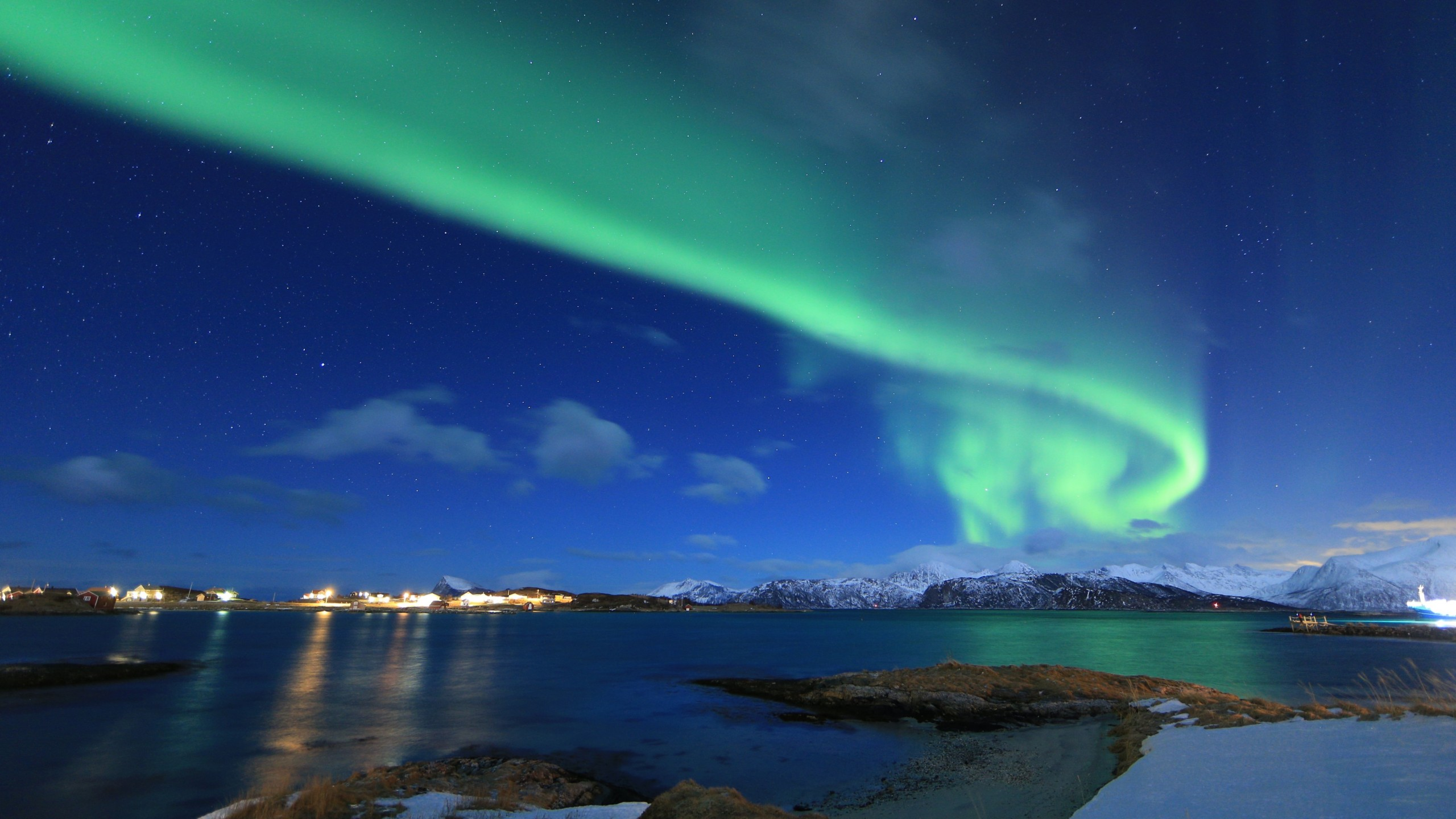 Wallpaper Northern Lights Norway Lake Winter 5k