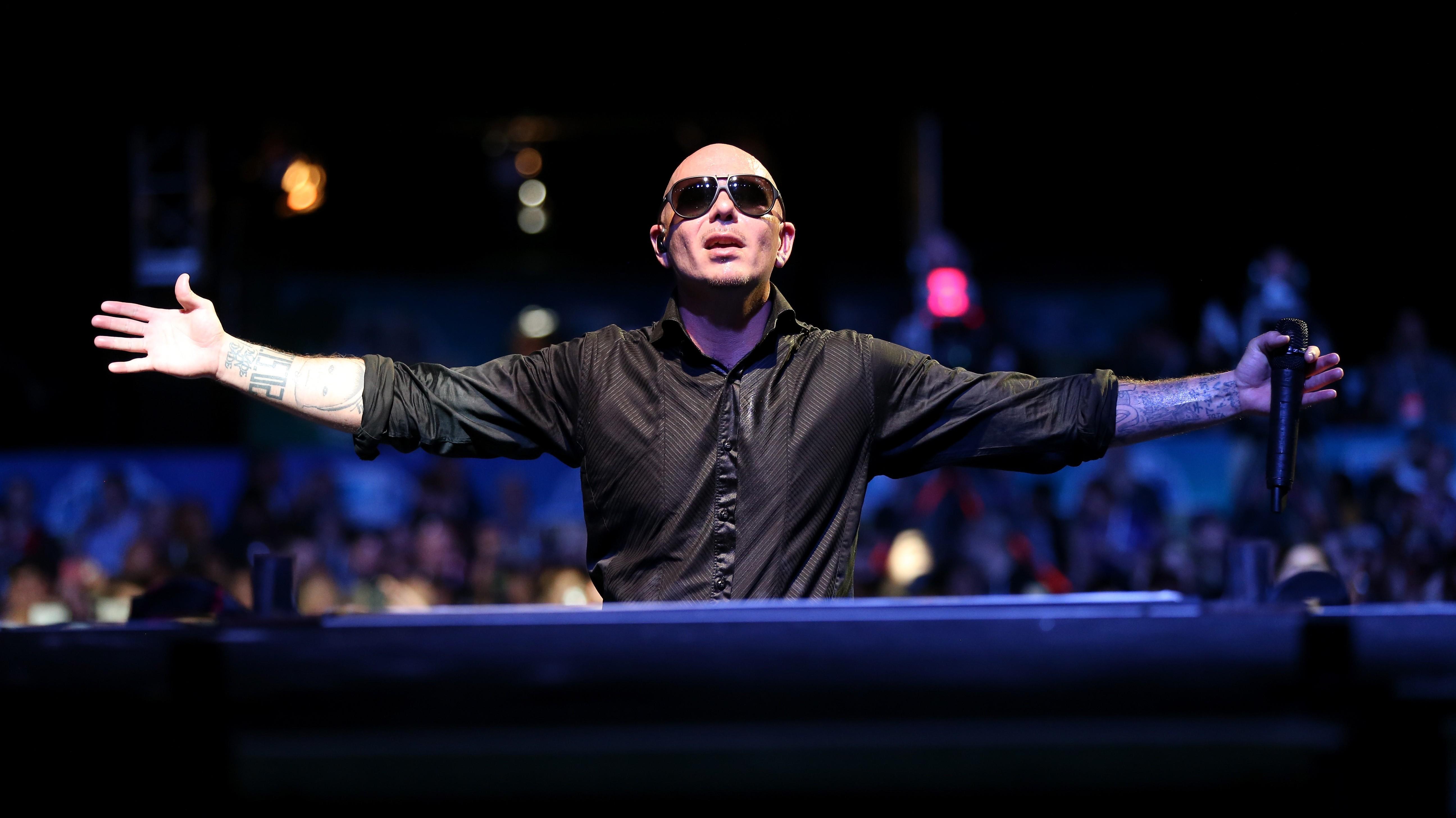 Wallpaper Pitbull Top Music Artist And Bands Singer Rapper