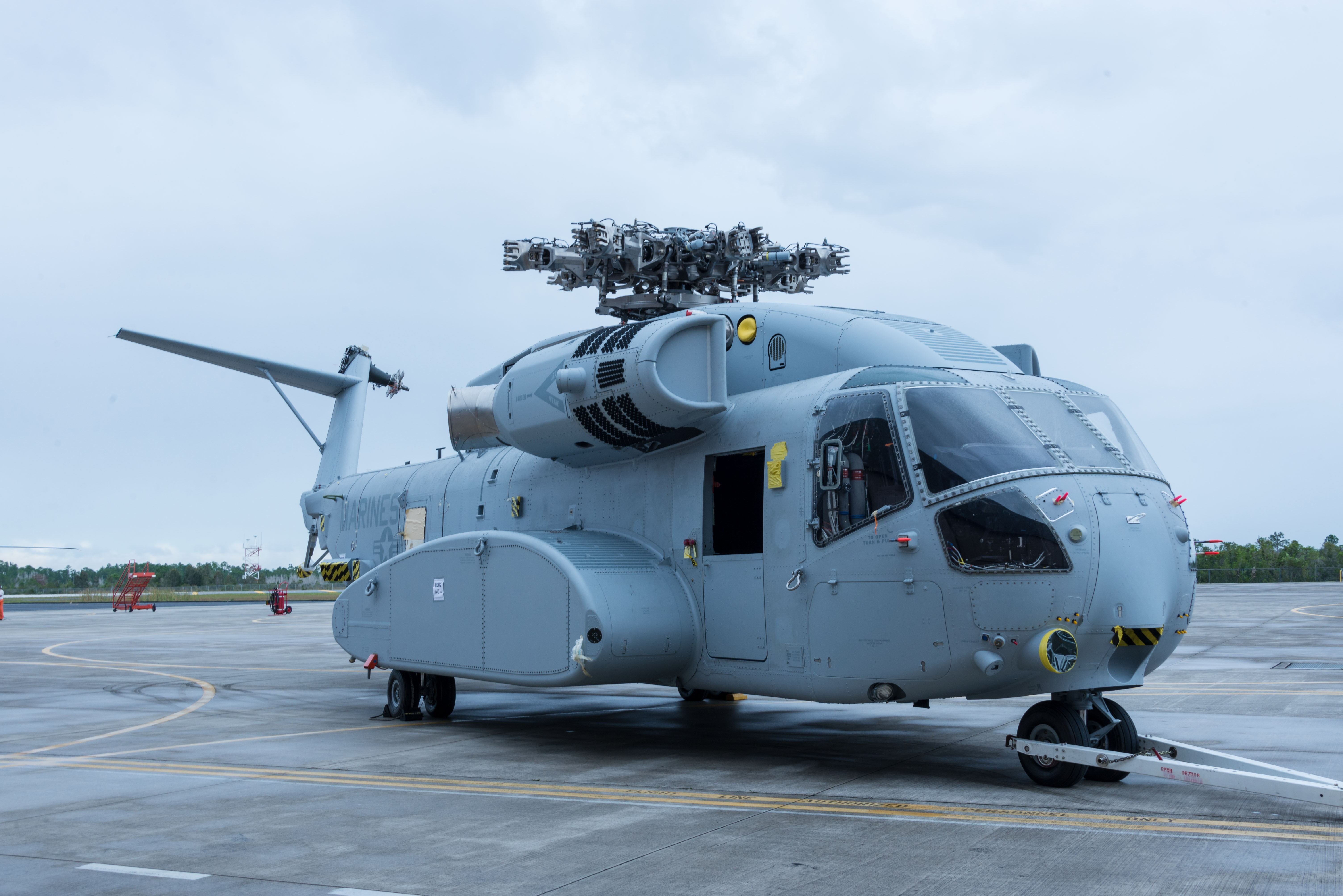 sikorsky ch 53k heavy lift helicopter with Sikorsky Ch 53k King Stallion Fighter Helicopter Fighter U 8019 on Ch 53k King Stallion together with Hlr furthermore MH 53 Pave Low furthermore Ch 53k Operational Test Helicopter Contract Issued also 699353.