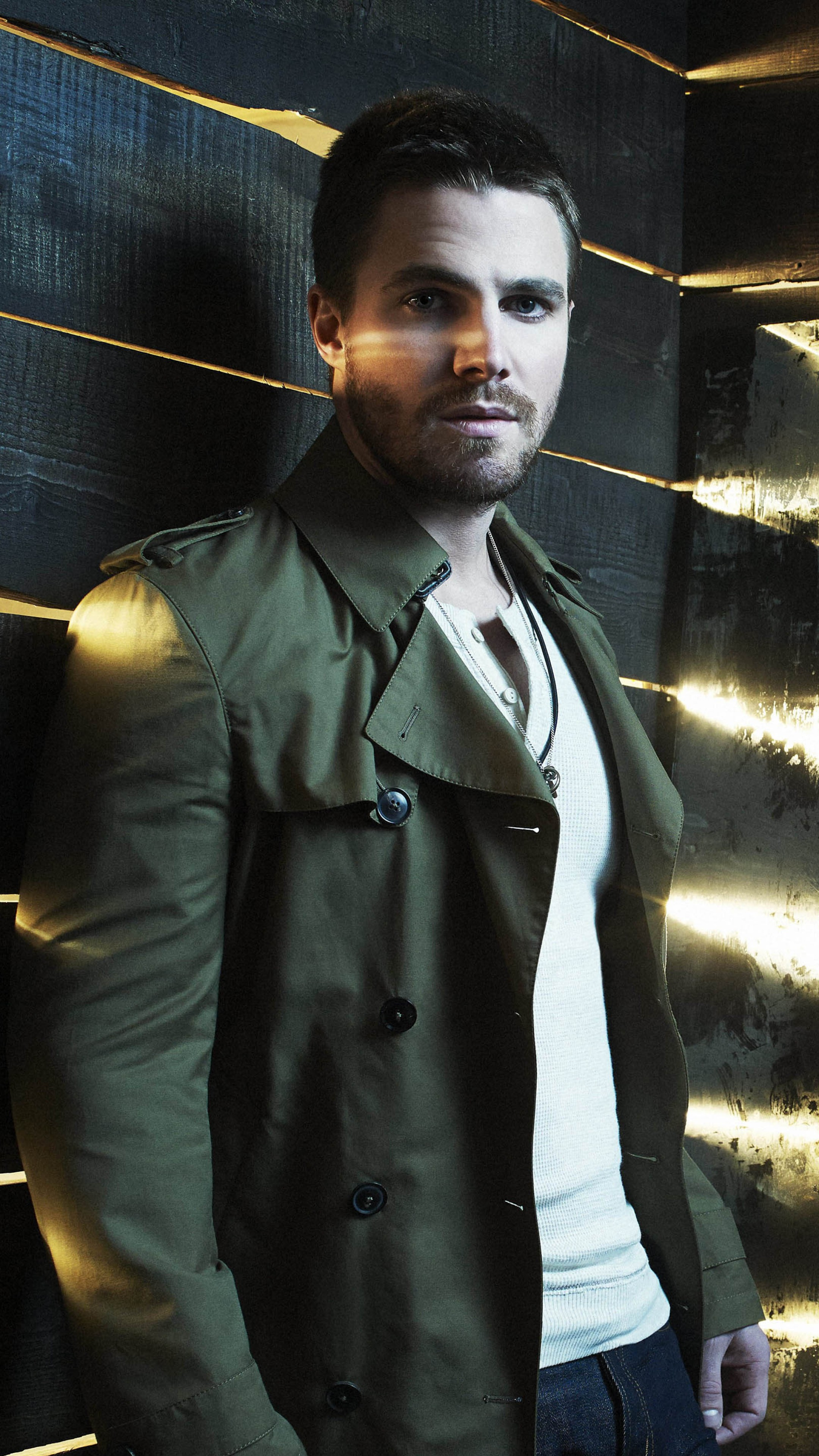 Wallpaper Stephen Amell Most Popular Celebs In 2015
