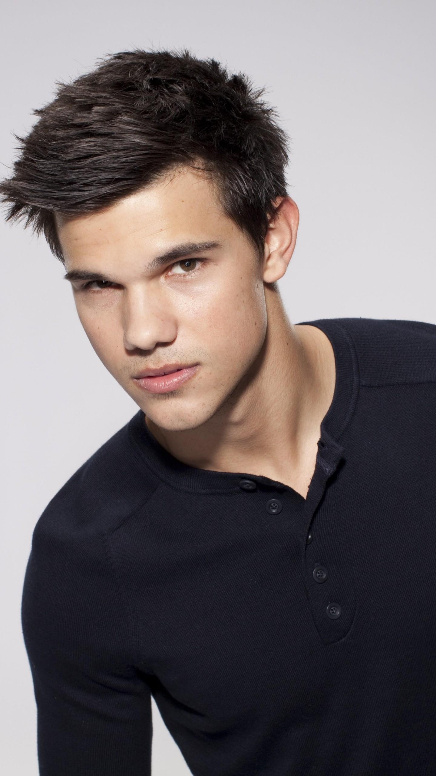 Top Male Models On Instagram: Wallpaper Taylor Lautner, Top Fashion Male Models, Most