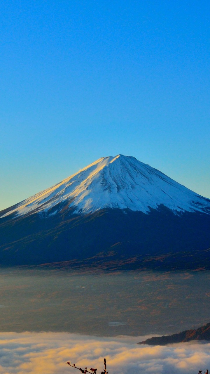 wallpaper volcano fuji japan mountains fog 4k nature